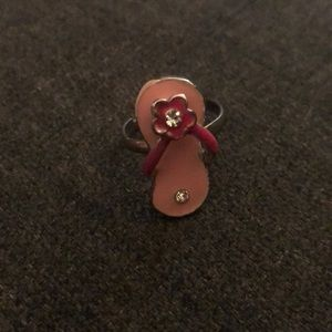 Flip flop adjustable ring
